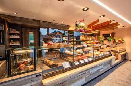 Bäckerei Moll | Garching an der Alz - Verkaufstheke