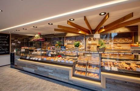 Bäckerei Moll | Garching an der Alz - Theke