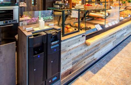 Bäckerei Moll | Garching an der Alz - Bezahlautomat